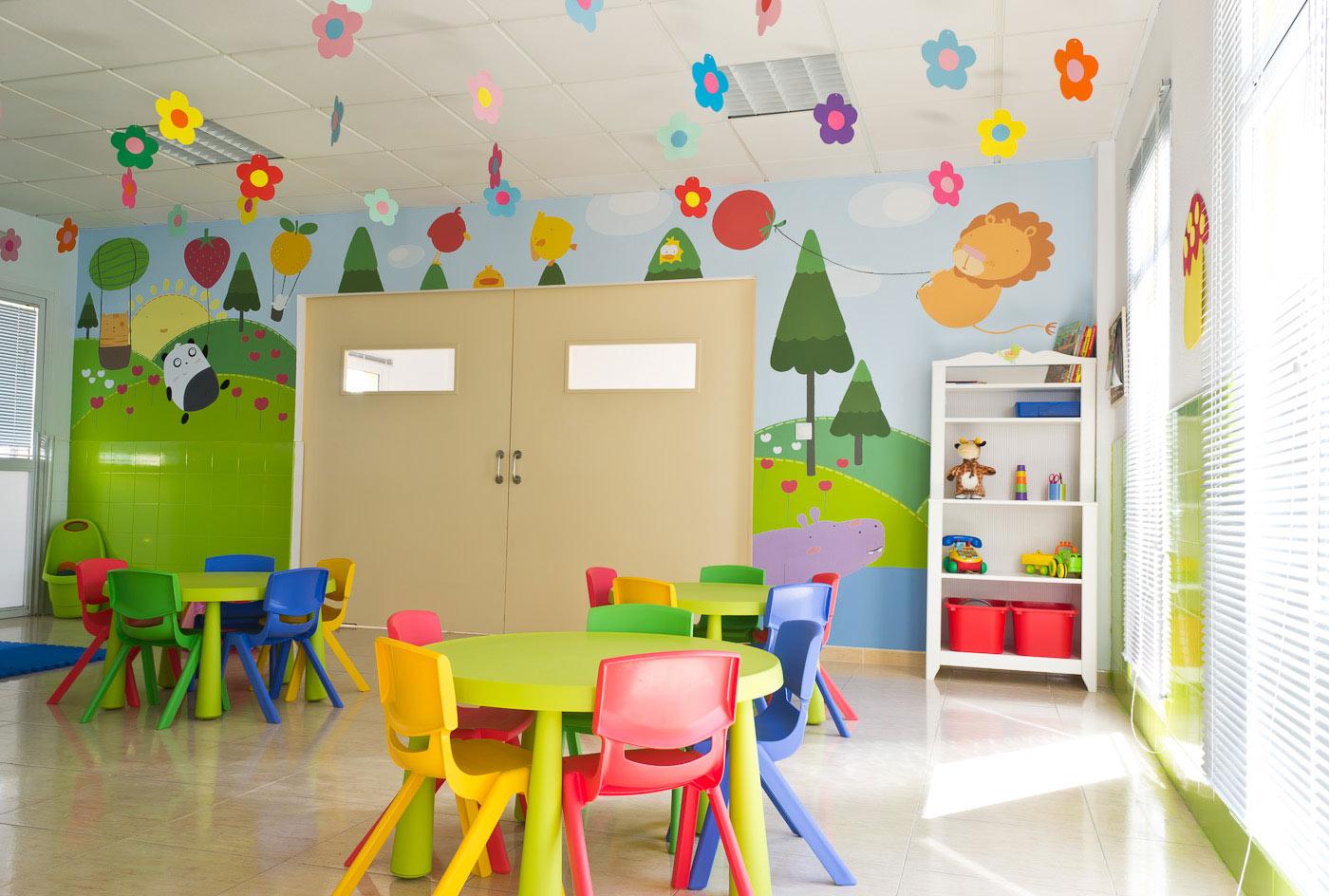 Gesti n de escuelas infantiles municipales ganemos palencia - Decoracion pared ninos ...