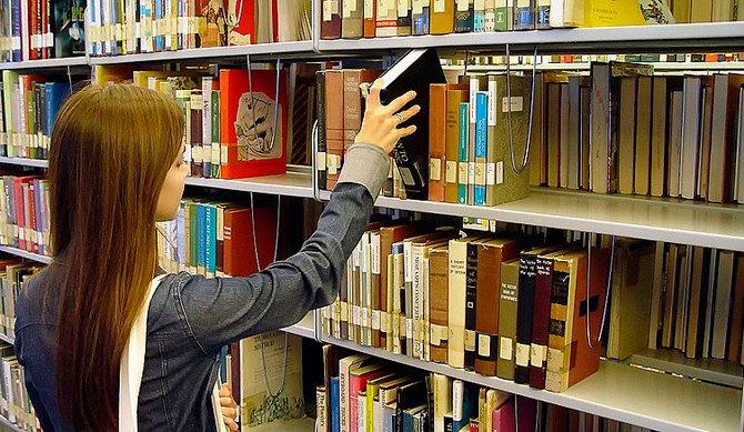 Parches de Personal en el Servicio de Cultura – Auxiliares de Biblioteca