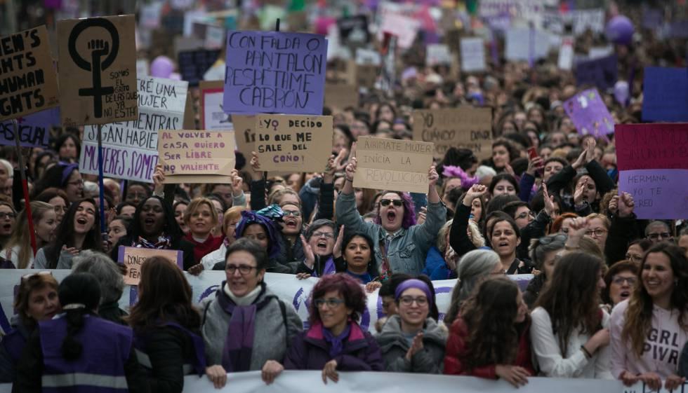 Moción: La igualdad de género como cláusula de contratación
