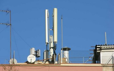 El ayuntamiento de Palencia concede la declaración responsable a dos antenas de telefonía a pesar de la oposición social
