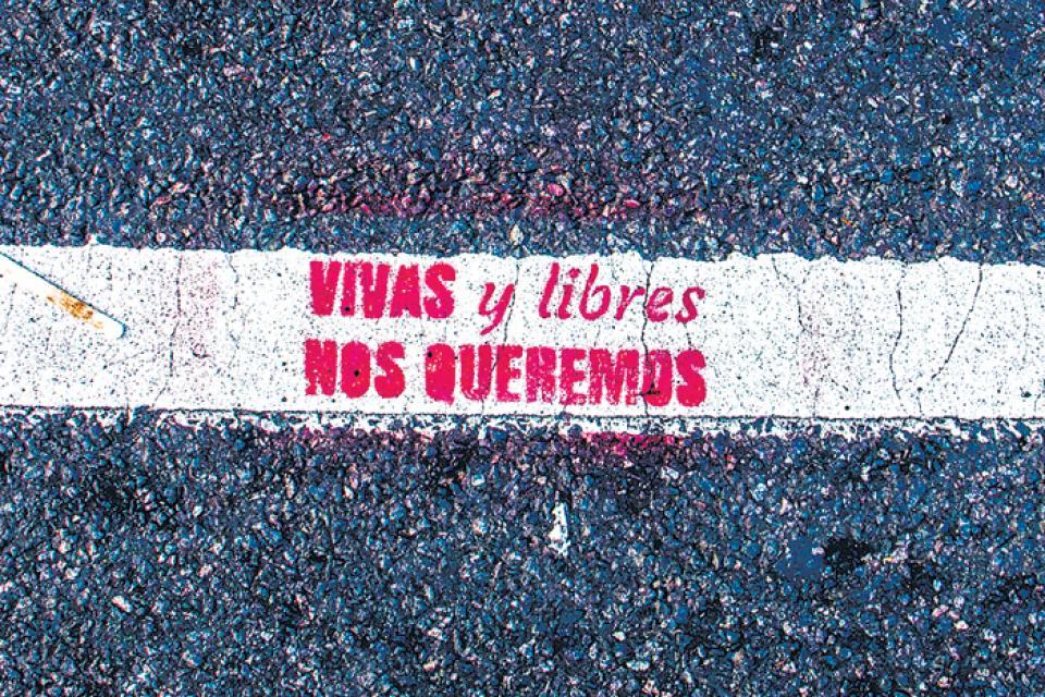 """Moción con motivo del 25 de noviembre, Día Internacional contra la Violencia hacia las Mujeres: """"VIVAS Y LIBRES NOS QUEREMOS"""""""