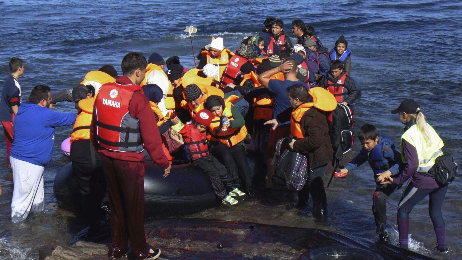 mas-de-3-500-migrantes-y-refugiados-llegaron-a-espana-por-mar-en-2015