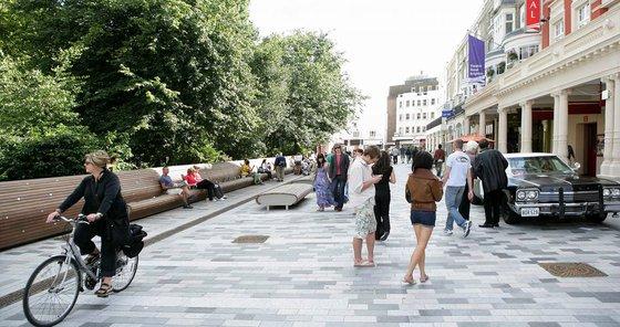 Confiamos en que el plan de peatonalización en la ciudad llegue para quedarse