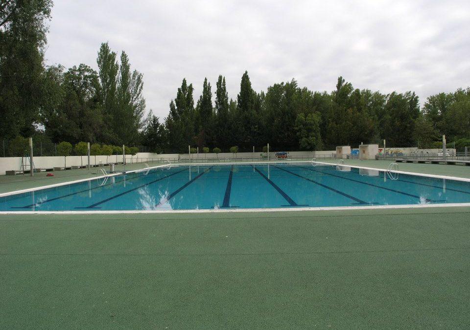 Pedimos que se aclare el sistema de acceso a las piscinas municipales